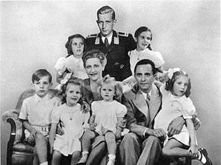 �Netos postiços� do Goebbels, ministro de Hitler, são hoje bilionários