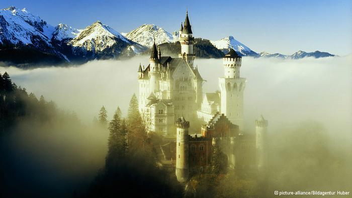 Neuschwanstein: o castelo de contos de fadas e seu sombrio passado nazista